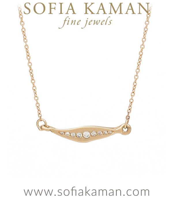 Sweet and simple! This everyday gold sideways leaf pave necklace adds a touch of rustic charm with a dash of diamond sparkle (0.10ctw) to any outfit!16 Inches. made in Los Angeles