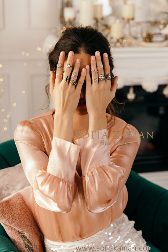 shop unique engagement rings